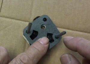 valve housing gasket correctly positioned